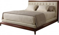 Moderne Platform Bed / Tufted
